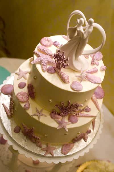 cake with starfish