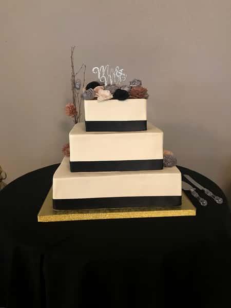box tier cake