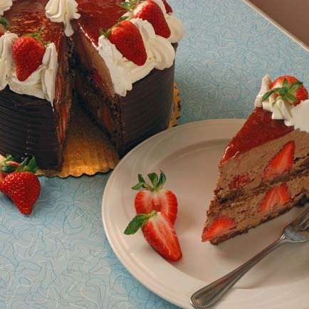 Chocolate Strawberry Mouse Torte