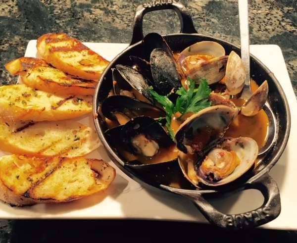 Steamed Mussels & Clams