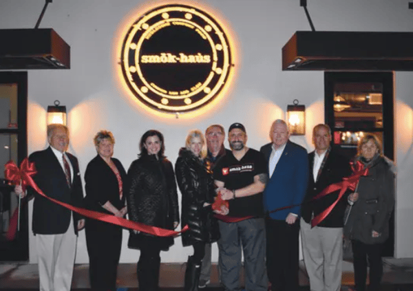 Chamber of Commerce holds ribbon cutting for new restaurant