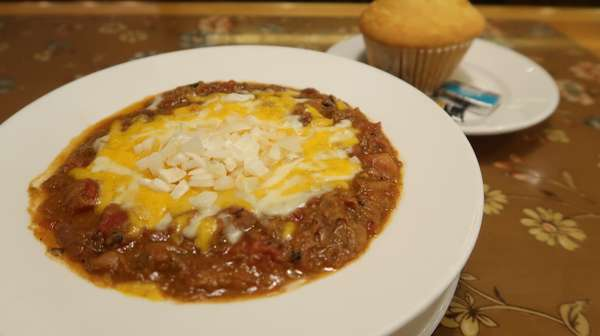 Bowl Of Chili And Kornbread