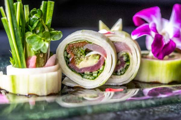 Sashimi Roll*