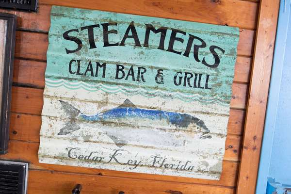 Steamers Sign
