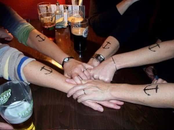 anchor hands