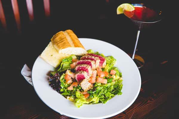 Seared Ahi Salad*