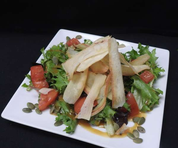 """Family Style Mad""""House"""" Salad"""