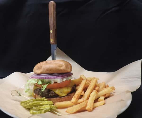 Mombo Jumbo Burger