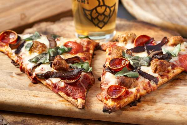 BREW HOUSE (Personal Pizza)