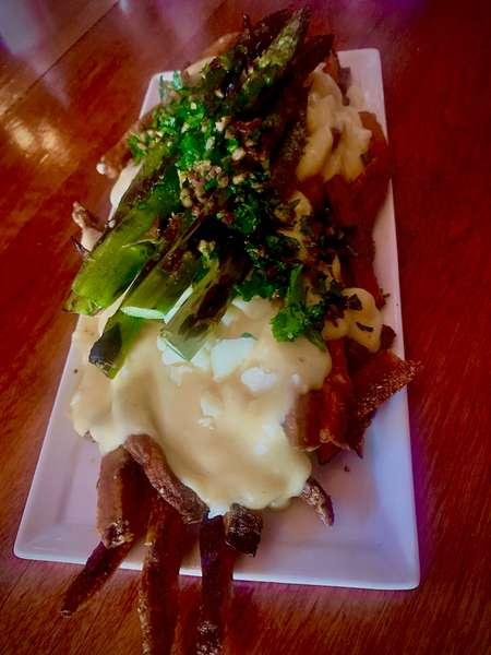 Grilled Asparagus Poutine
