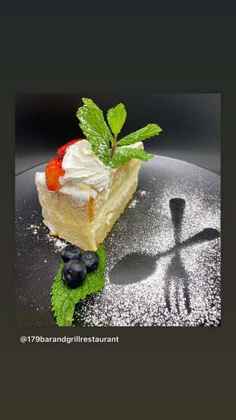 Lemon Italian Cream Cake 10