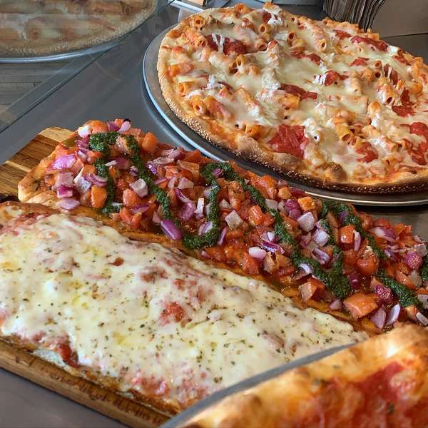 flatbreads and pizza pie