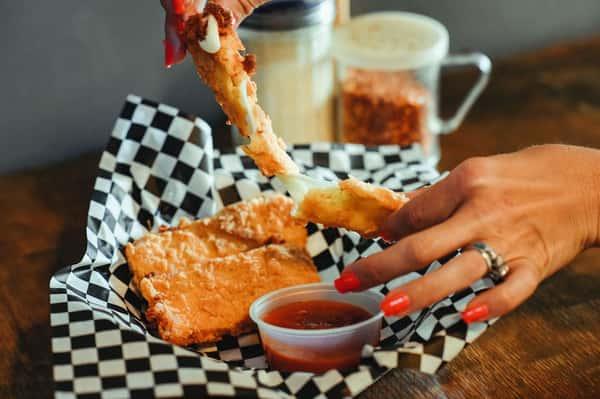 Jumbo Fried Mozzarella (3)