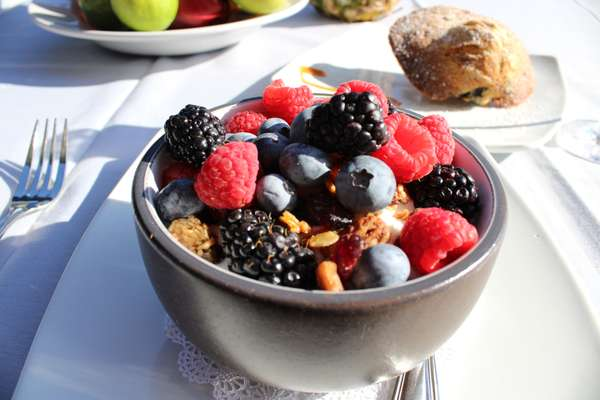 Small Yogurt & Granola Bowl