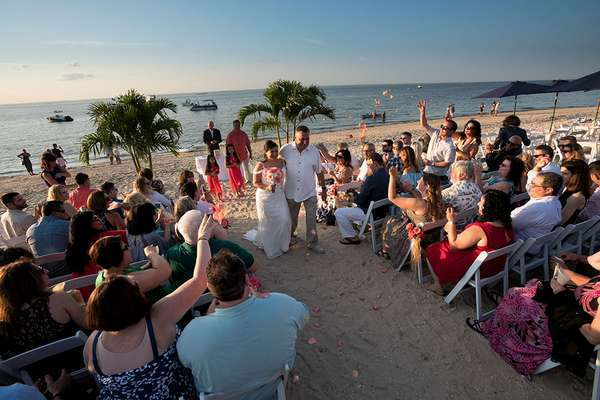 walls wharf wedding at the beach