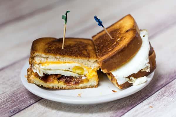 Fried Egg Sandwich*