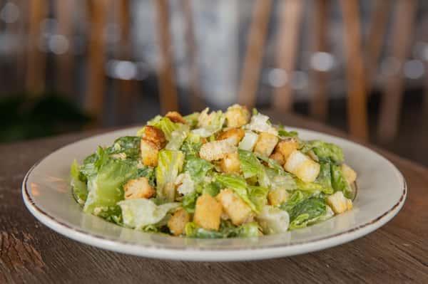 Caesar Salad (Serves 5 Entrees / 10 Sides)