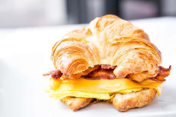 Bacon & Egg Croissant