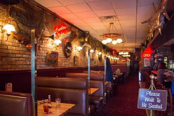 Obrien's Crabhouse interior dining