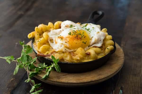 Breakfast Mac Hash