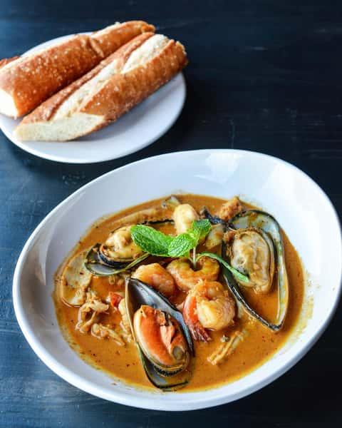 Seafood Curry – CàRi Hải Sàn