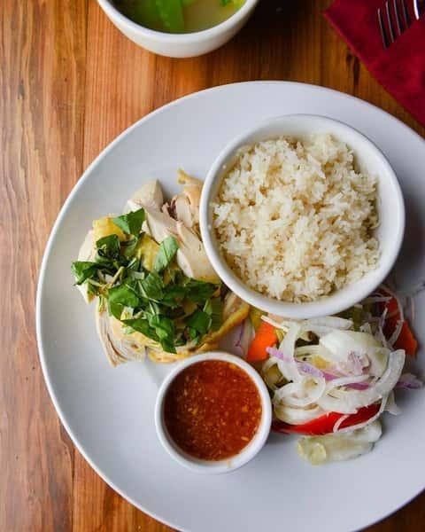 Chicken & Garlic Rice – Cơm Gà Siu Siu