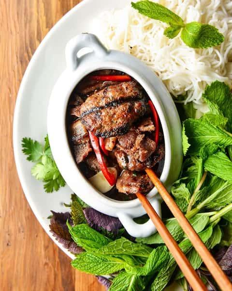 """""""Hà Nội"""" Style Smoked Pork Noodle – Bún Chả Hà Nội"""