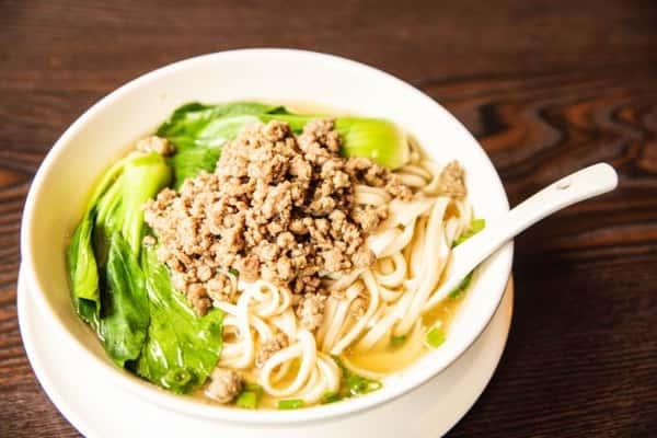 soup noodles pork