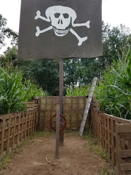 pirate maze entrance