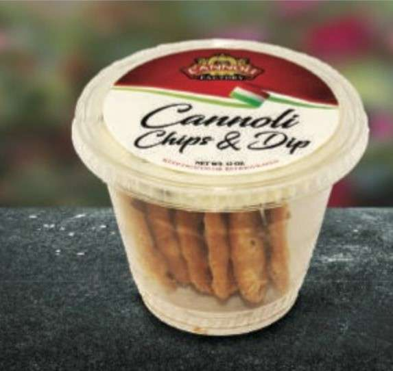 Cannoli Chip and Dip Cups
