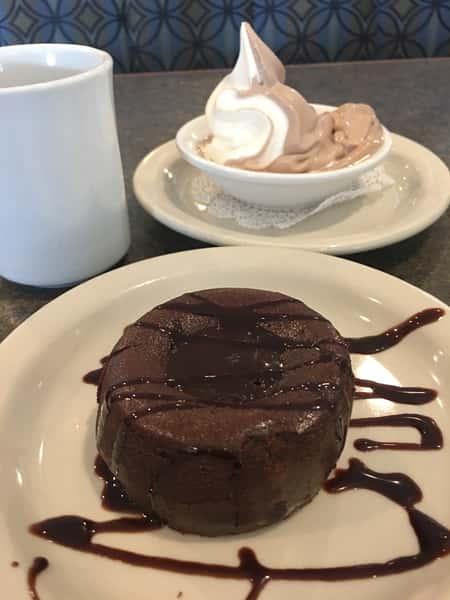 Chocolate Lava Divine Cake