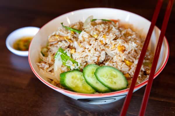 Garlic Fried Rice / Khao Pad Gratiem
