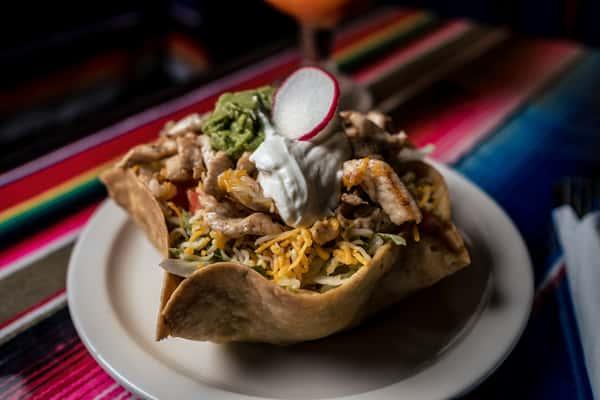 Food_Grilled Chicken Taco Salad-2