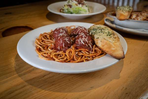 Spaghetti w/Meatballs & Homemade Marinara