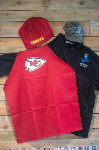 Kansas city chiefs and chef outfit