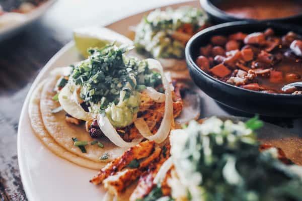 #22 (5) Tacos Chidos