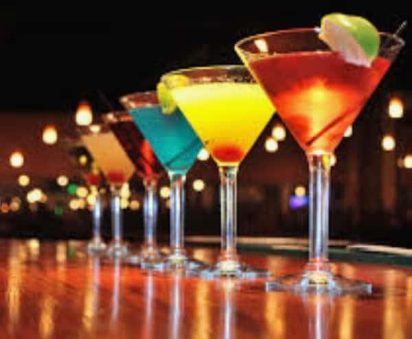 TUESDAYS-THURSDAYS ~ HAPPY HOUR (Available in the bar and restaurant)