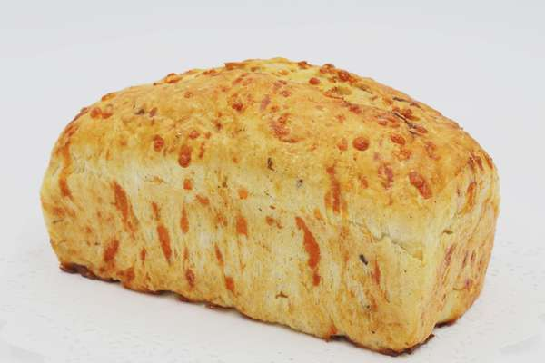 Green Chile Cheddar Bread