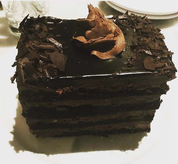Black out fudge cake