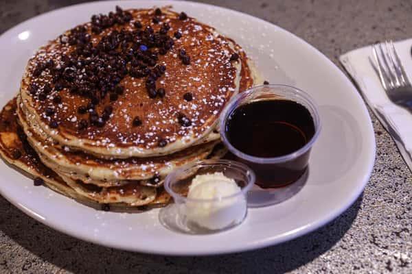 Manhattan blueberry or chocolate chip pancakes