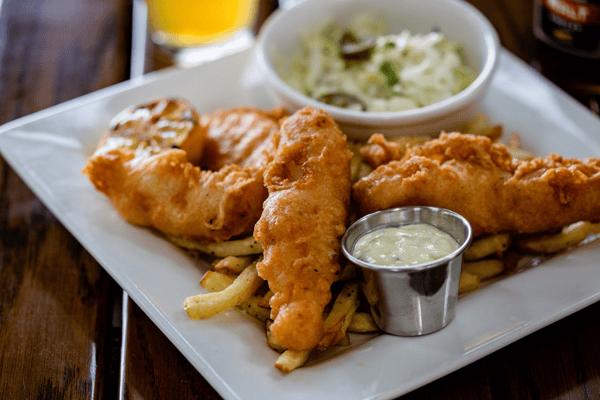 Beer Battered Fish & Chips (860 cal.)