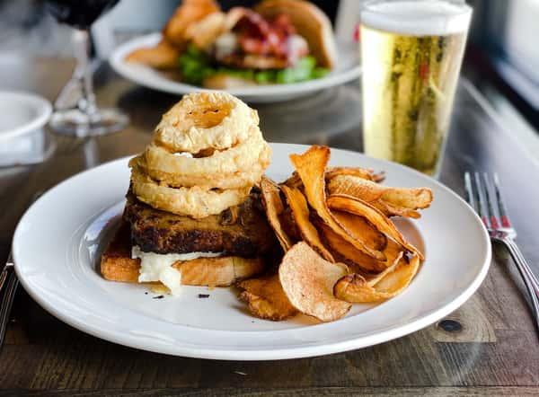 Miller's Meatloaf Sandwich (796 cal.)