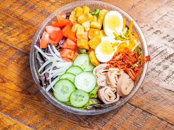 Cluckerz Cobb Salad