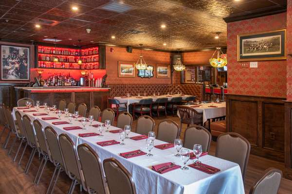 Gov Hall - Service Bar