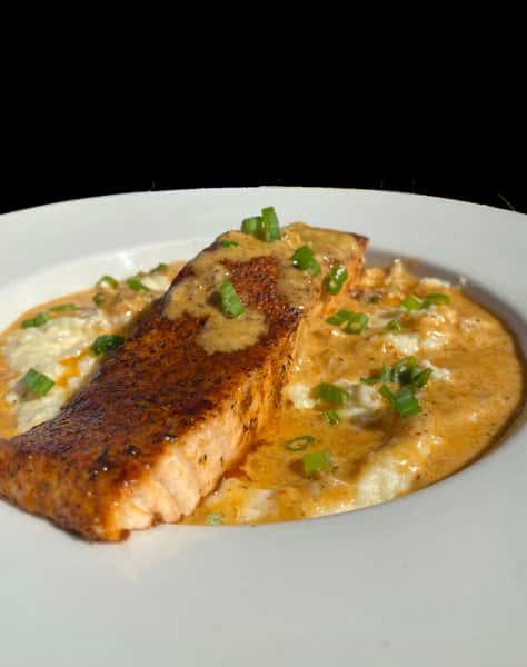 Salmon & grits