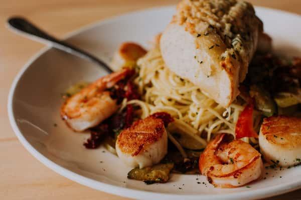 shrimp & scallop linguini