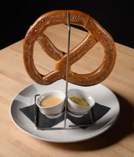 jumbo-pretzel