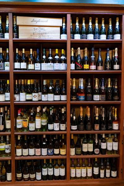 while sparkling wine shelf