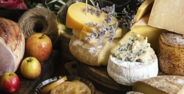 BUILD YOUR OWN CHEESEBOARD* (CHOOSE THREE)