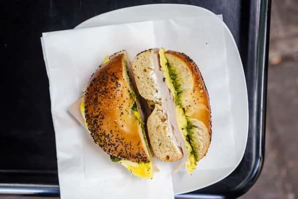 breakfast bagel with turkey